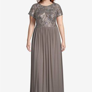 BETSY & ADAM PLUS SIZE EMBELLISHED BODICE GOWN 14W